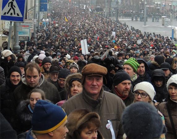 Толпа в Москве