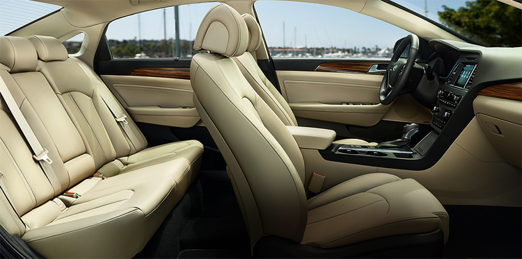 Интерьер Hyundai Sonata