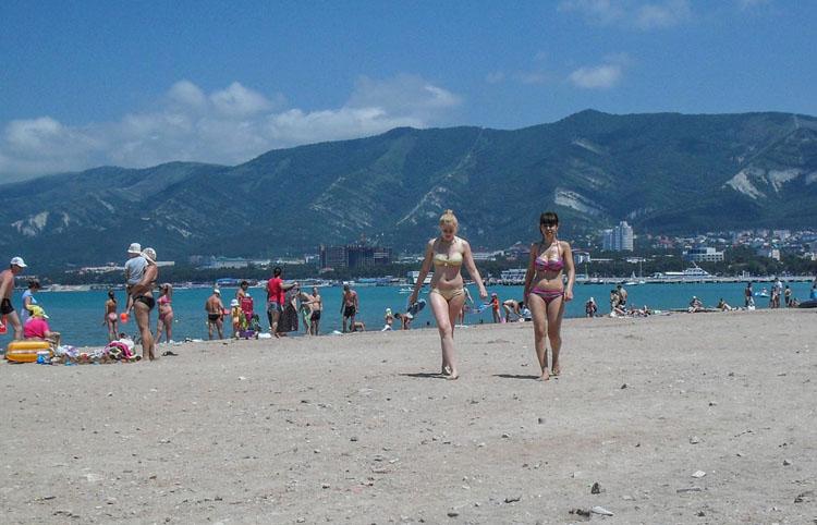 Пляж в городе