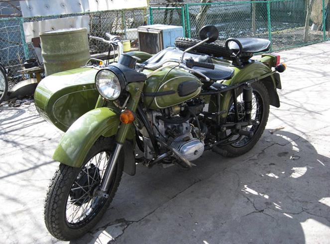 Красивый мотоцикл Урал