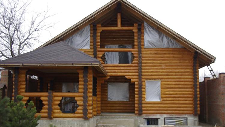 Красивый дом из сруба