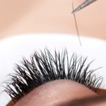 Наращивание ресниц: плюсы и минусы и особенности процедуры