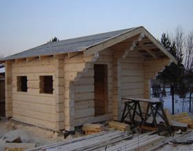 Строительство бани из лиственницы