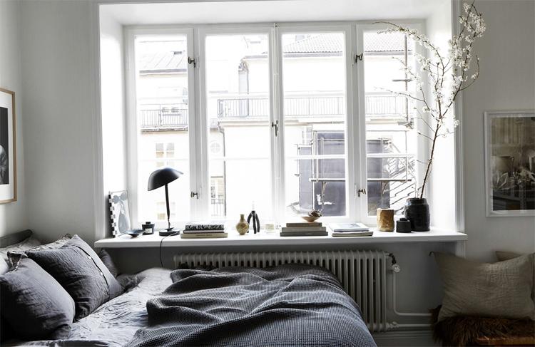 Квартира с большим окном