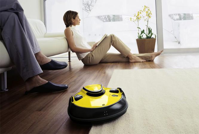 Робот-пылесос дома
