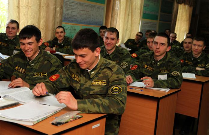 Придется ли служить после военной кафедры