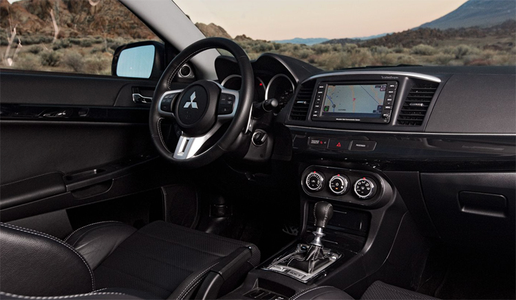 Mitsubishi Lancer внутри