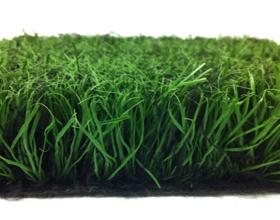 Рулонный газон: преимущества и минусы выбора