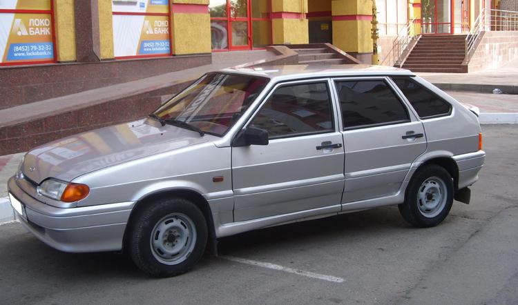 Автомобиль ВАЗ-2114