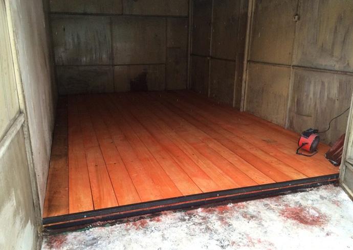 Новый деревянный пол