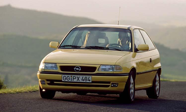 Opel Astra I поколения