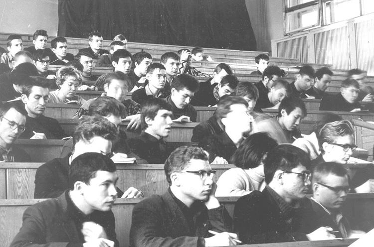 Советские студенты