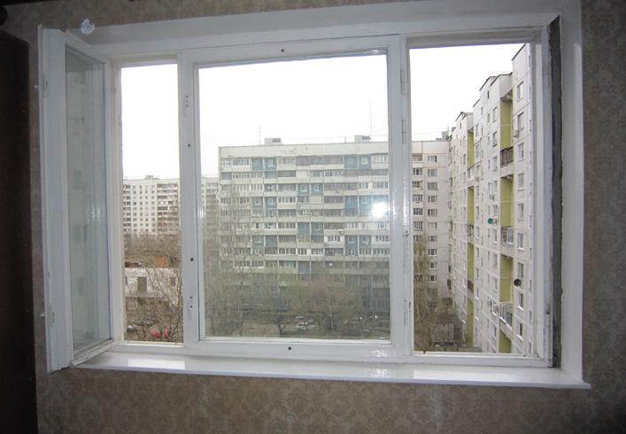 Окно на юго-запад на верхнем этаже