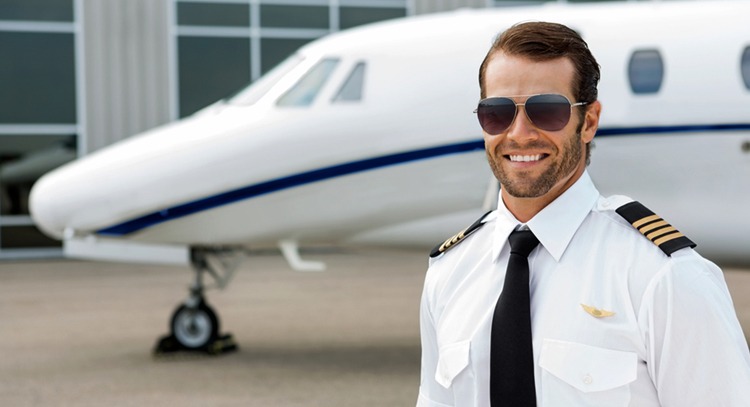 Пилот самолета