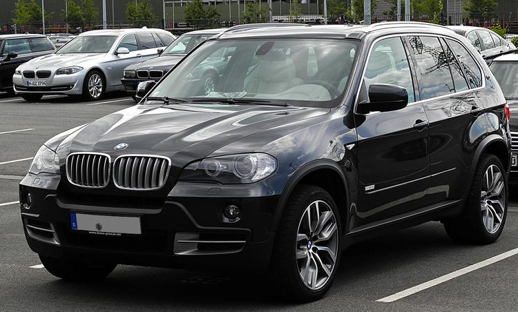 Черный BMW X5
