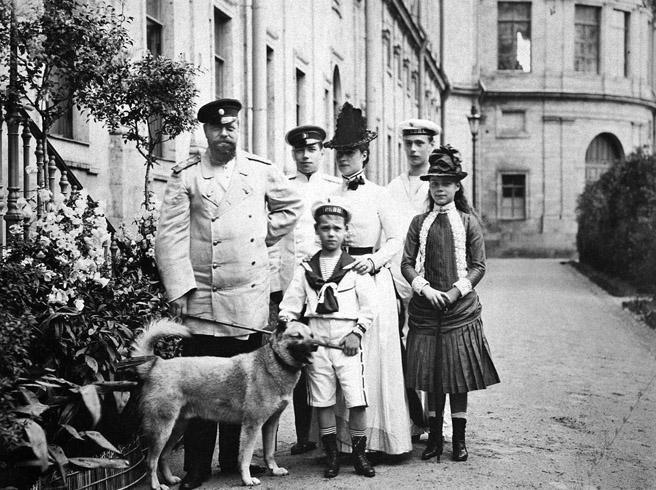 Александр 3 с семьей
