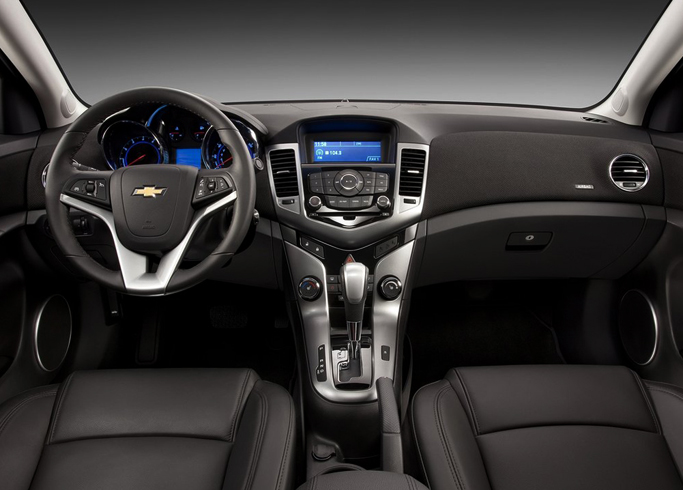 Chevrolet Cruze - салон
