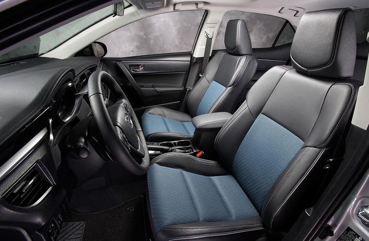 Внутри Toyota Corolla