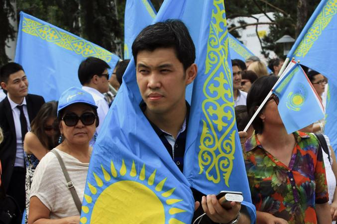 Люди в Казахстане
