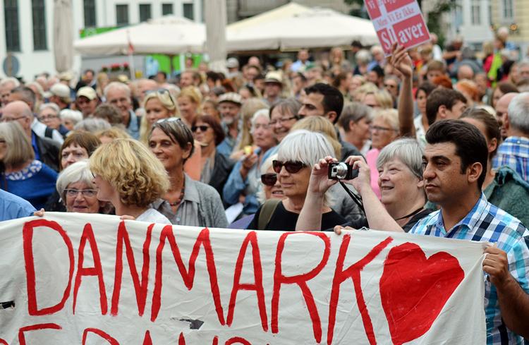Люди в Дании