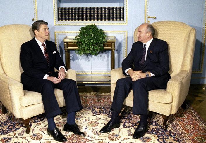 Рейган и Горбачев