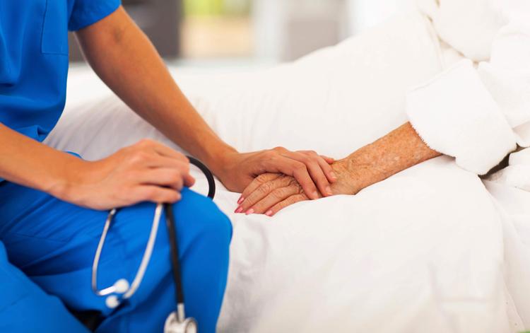 Онколог и пациент