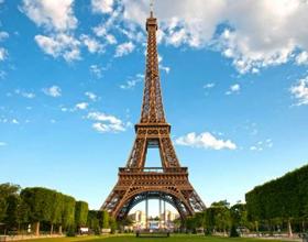Жизнь и переезд во Францию