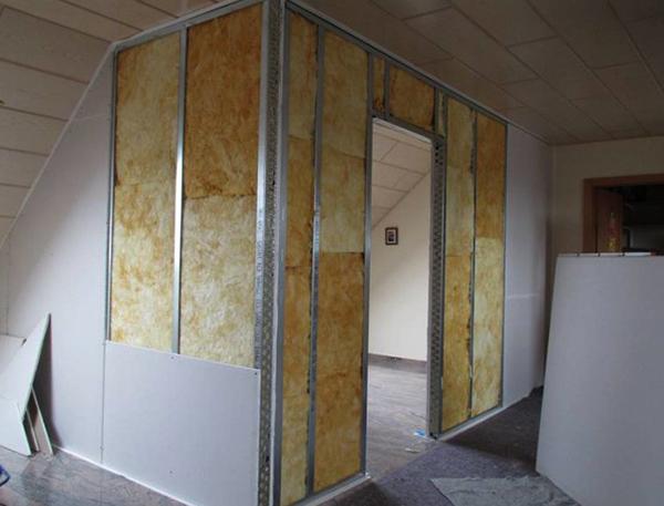 Монтаж стены из гипсокартона