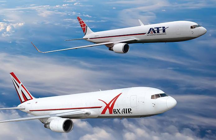 2 самолета