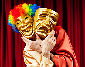Стоит ли поступать на актера в театральный ВУЗ?
