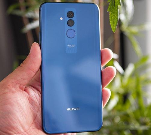 Huawei Mate 20 Lite в руках