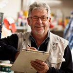 Стоит ли работать на пенсии: плюсы и минусы