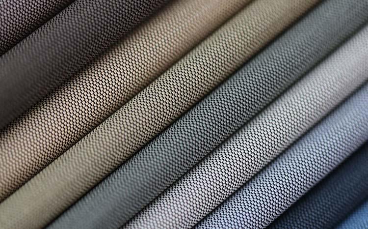 Разная ткань блэкаут