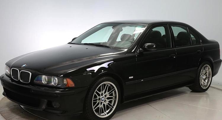 Черный BMW E39