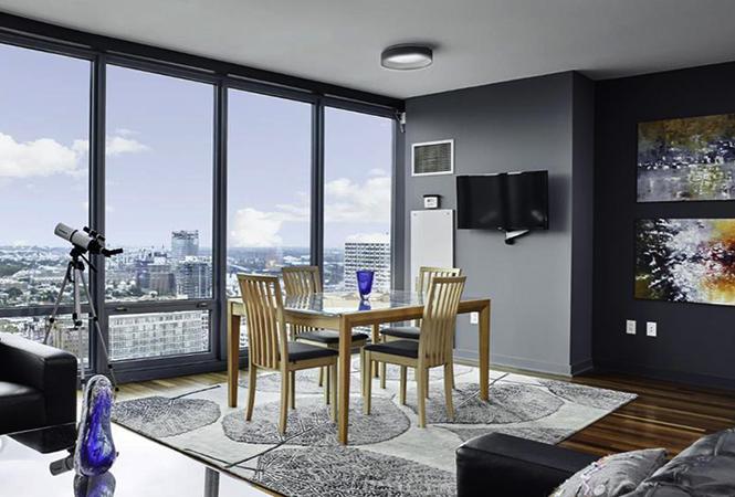 Панорамные окна в высотной квартире