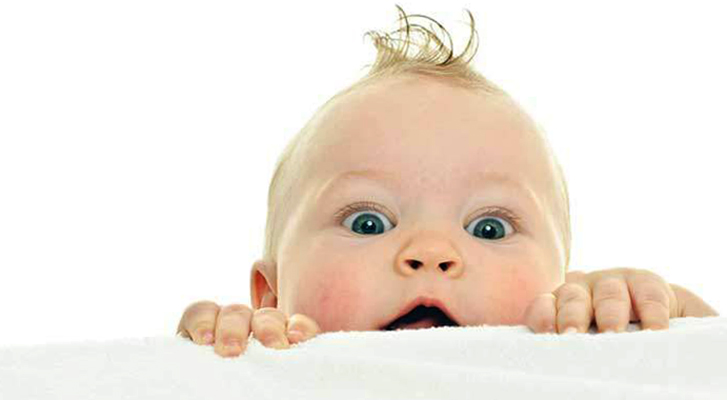 Ребенок с волосами