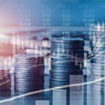 Стоит ли инвестировать свои деньги в акции?