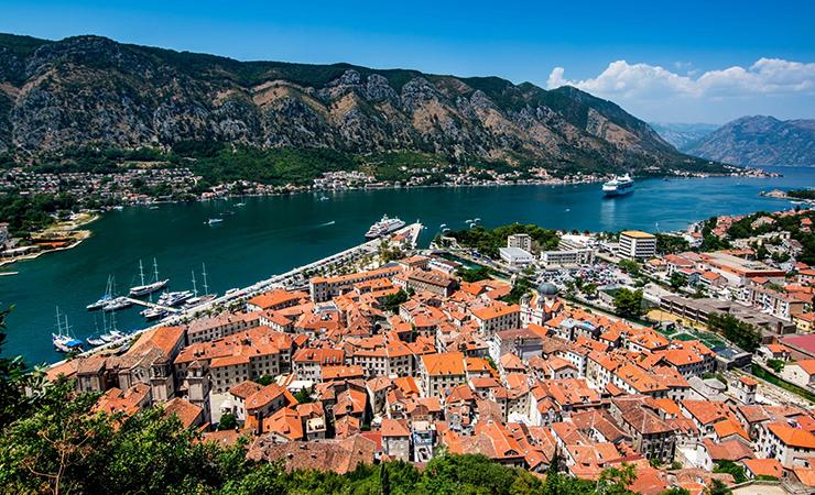 Жилой район в Черногории рядом с морем
