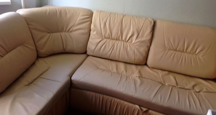 Б/у диван из экокожи