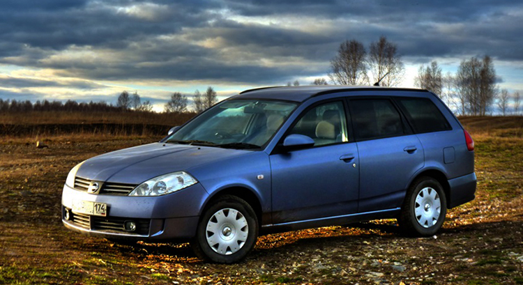 Автомобиль Nissan Wingroad