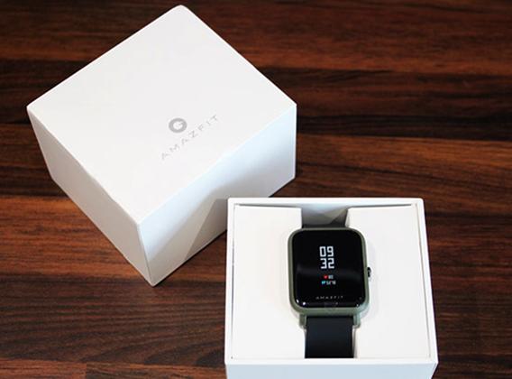 Xiaomi Amazfit Bip в коробке
