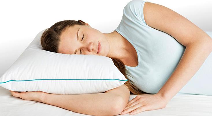 Сон на подушке из холлофайбера