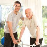 Опекунство над пожилым человеком — плюсы и минусы