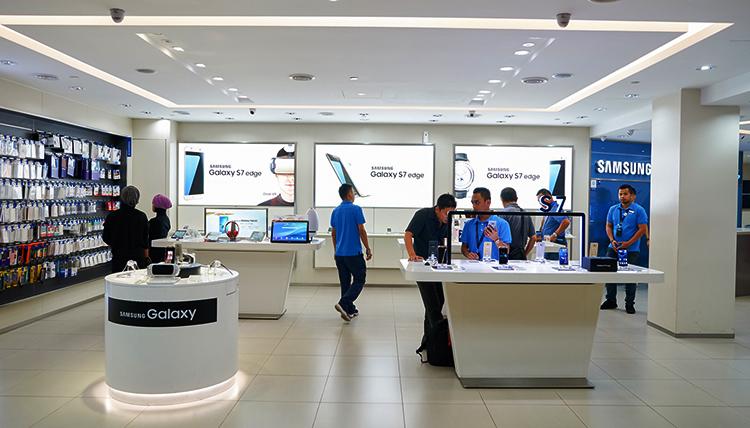 Розничная продажа смартфонов