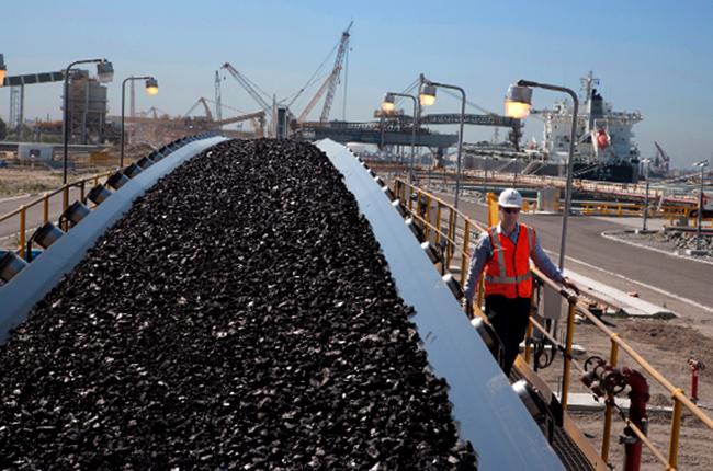 Уголь идет