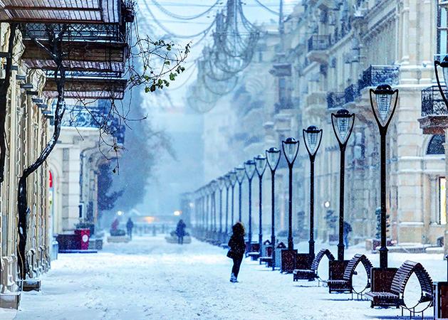 Зимний Баку
