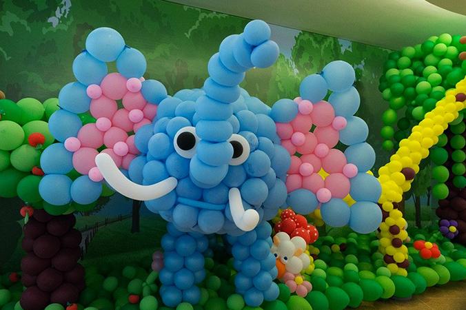 Слоненок из воздушных шаров