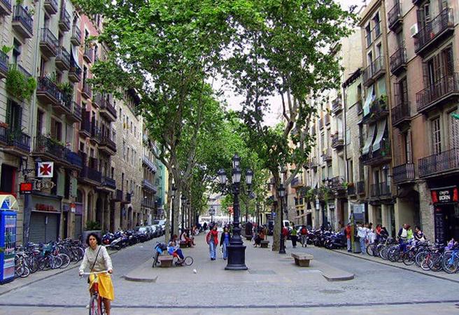 По улицам Барселоны