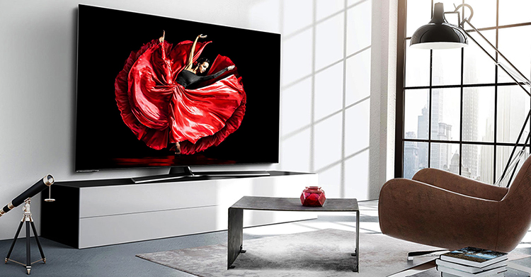 Телевизор Hisense дома