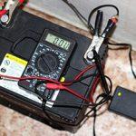 Стоит ли заряжать аккумулятор автомобиля перед зимой